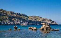 Plaża Anthony Quinn na wyspie Rodos