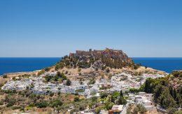 Miasto Lindos i akropol na Wyspie Rodos
