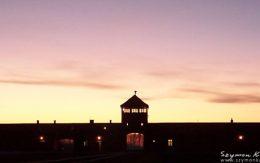 Główna brama obozu birkenau