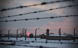 Obóz zachód słońca w Birkenau, Auschwitz