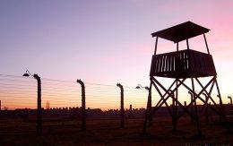 zachód słońca Auschwitz Birkenau
