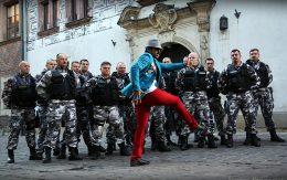 ochroniarze-i-taniec-z-bollywood