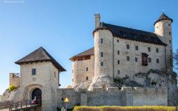 Wejście do zamku w Bobolicach